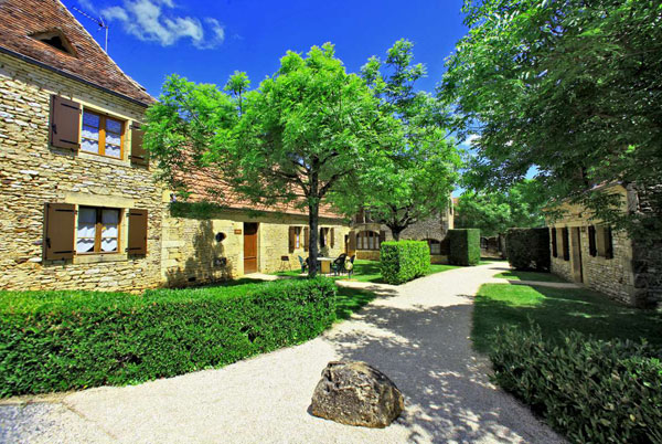 Holiday cottages for rent near Sarlat in Dordogne